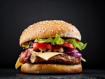 Consumer Reports Names America's Top 5 Burgers